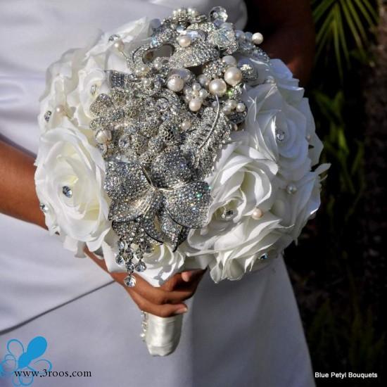 بوكيه العروسة ماسكة العروسة غير كريستال وبس