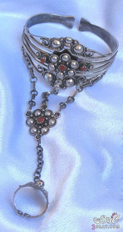 المجوهرات الامازيغية  Do.php?imgf=13706005856