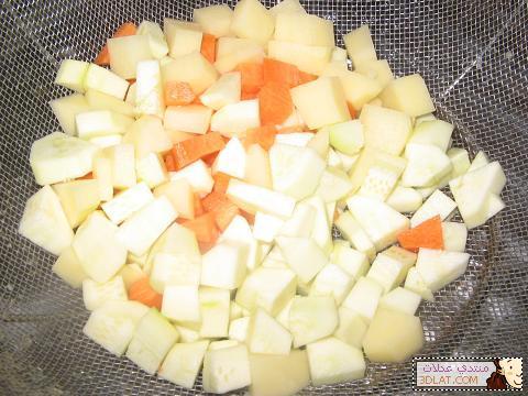 اصنعى بنفسك وجبة طفلك(شوربة خضار ،طبق الفواكه)