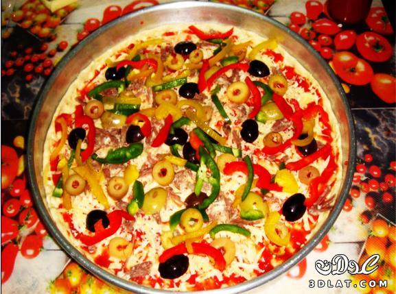 طريقة عمل البيتزا سهلة جداا عندنا وبس  129948184617