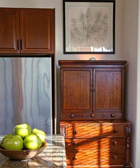 نصائح تفيدك شراء وعناية الأثاث الخشبي 13023765591.jpg