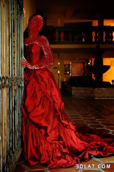 ياحلاوة العروسه بالفستان الاحمر