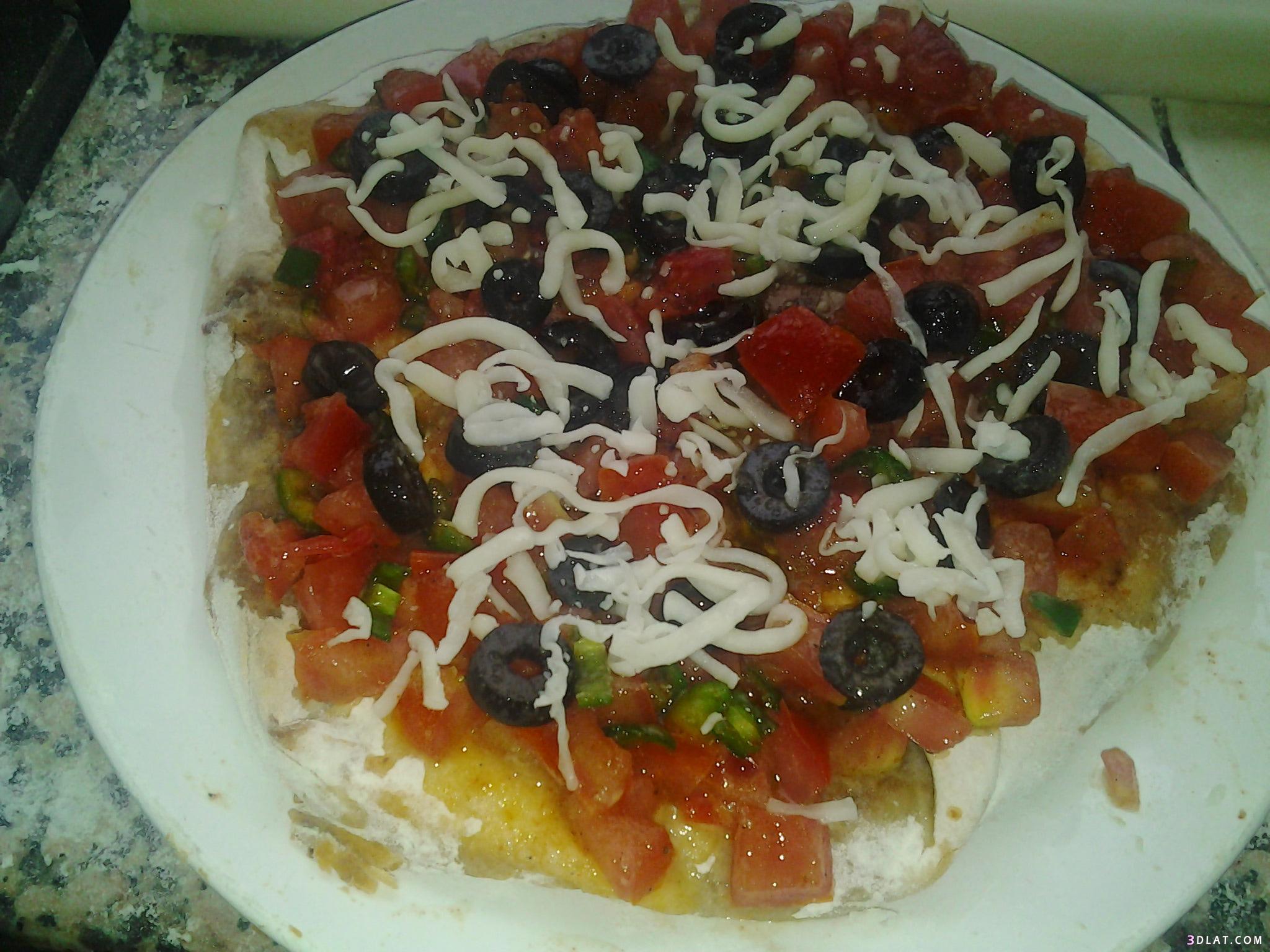مطبخي] بيتزا سهلة بالصور مطبخى