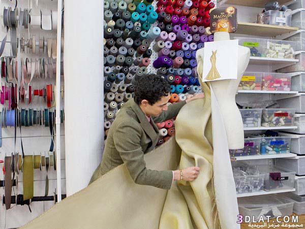 فستان مصنوع الذهب عيار بقيمة مليون 13663082234.jpg