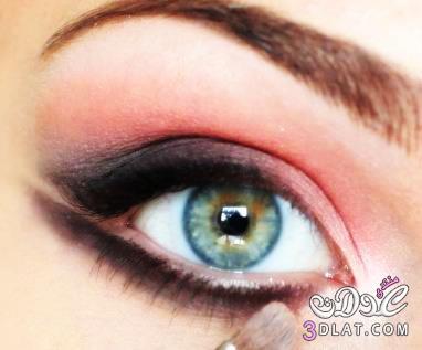 مكياج العيون الناعسة بالصور مكياج العيون الناعسة بالصور 13747829791.jpg