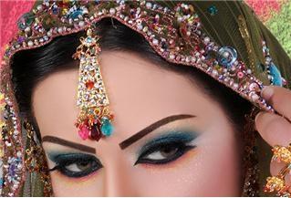 مكياج عيون رائع رسومات تحفه اجمل 13771187344.jpg