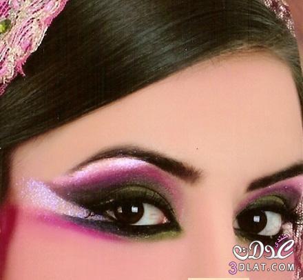 مكياج عيون رائع رسومات تحفه اجمل 13771187347.jpg
