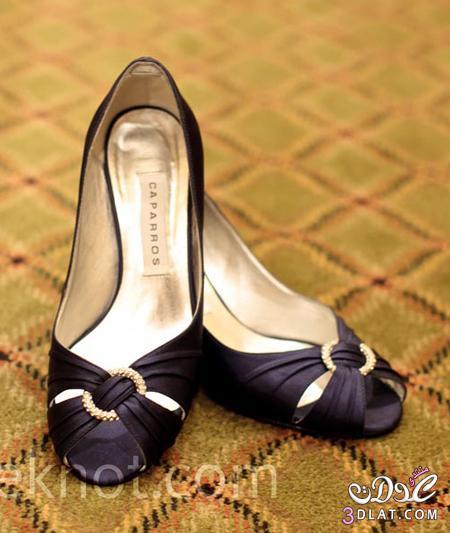 تعالي اختاري شوز حسب لون فستان الزواج 2014  يا عروسة