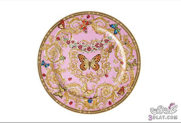 أطقم المائدة واكسسوارات المنزل من فيرساتشي.. الأناقة والذوق الرفيع 13886665575.jpg