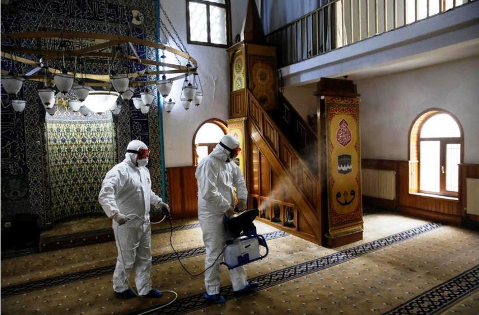 صحيفة أميركية: النبي محمد أول من أوصى بالحجرالصحي قبل 14 3dlat.com_01_20_1226_bb9ec6175a9f1