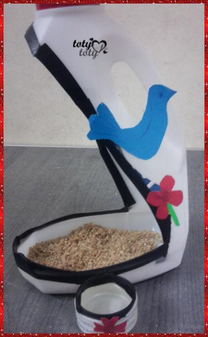 [اعمالي] اصنعى بنفسك فكرة بسيطة لاطعام الطيور صدقة جارية وحسنات ما احوجنا اليها 3dlat.com_1389750450