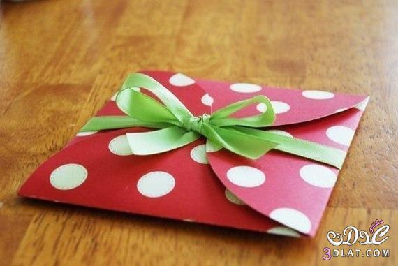 قدمى هديتك بعمل من صنع يدك / ظرف للهدايا للاصدقاء والاهل 3dlat.com_1399852232