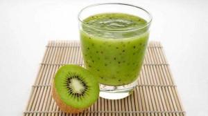 عصيرالكيوي والكمثرى والليمون . 3dlat.com_14018235701