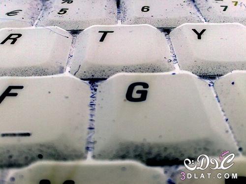 بالصور كيفية تنظيف لوحة مفاتيح اللاب توب 3dlat.com_1408566736