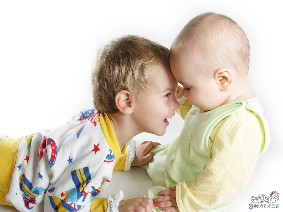 كيفية التعامل غيرة طفلك الاول
