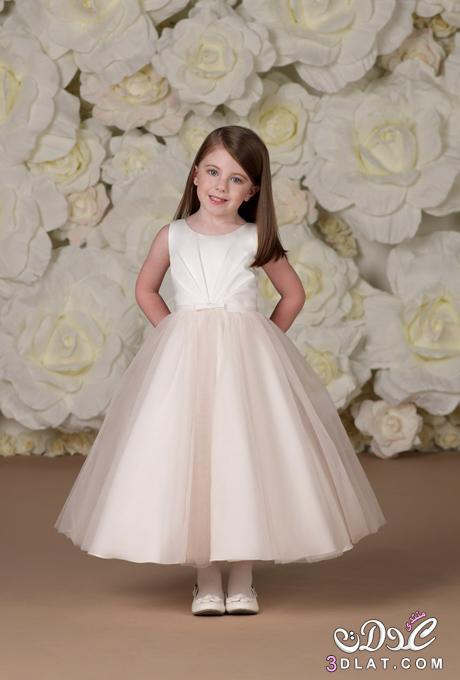 488fb3201bfd9 صور فساتين زفاف للاطفال روووعة 2020