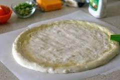 صور [من مطبخي] طريقة عمل عجينة البيتزا الإيطالة , بالخطوات عمل عجينة بيتزا شهية و لديدة 2017